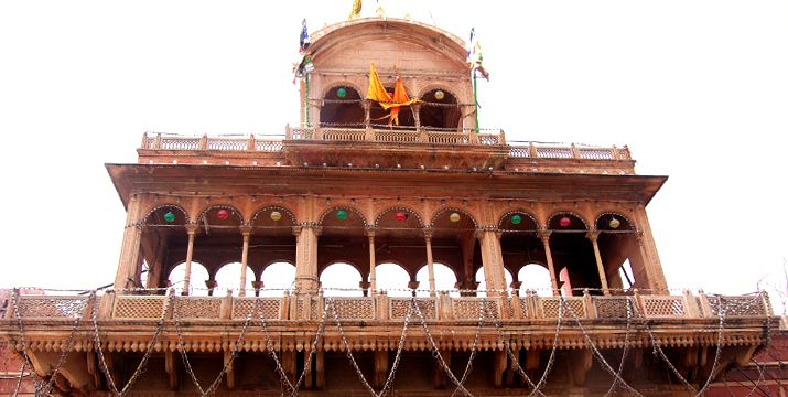 11 Interesting Facts About Banke Bihari Temple