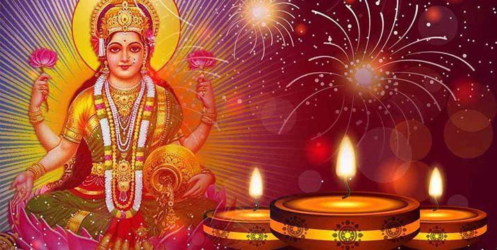 perform-lakshmi-puja-on-diwali
